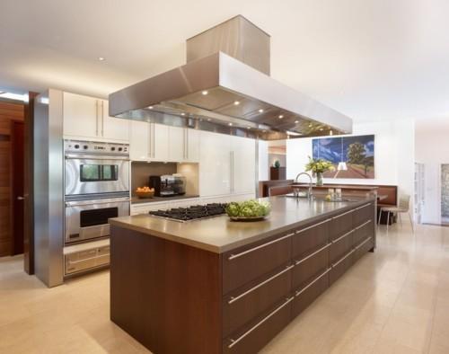 küche mit kochinsel elegantes design schlichte deko