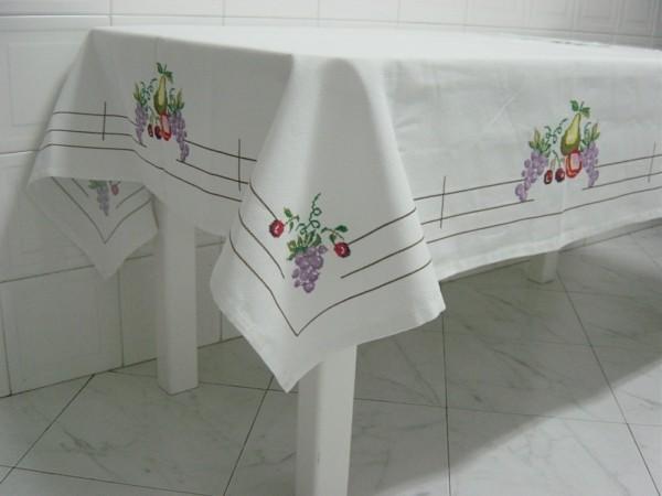 kleines und einfaches detail - tischdecken