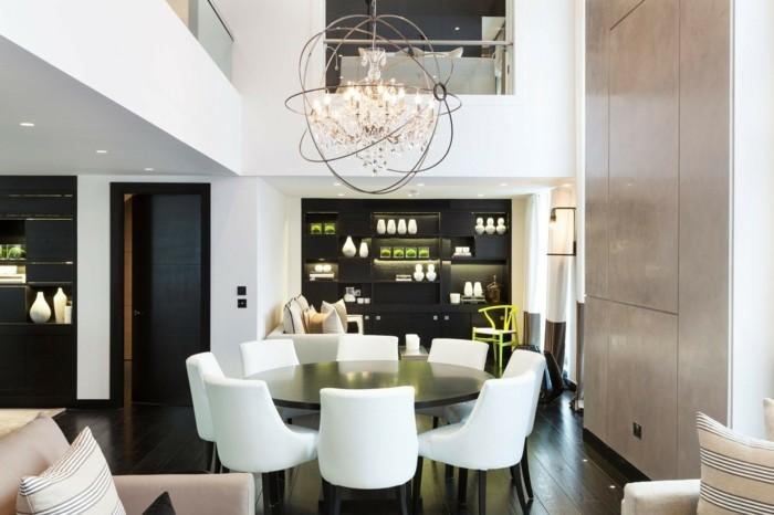 kronleuchter modern elegantes design kugel dunkler dielenboden