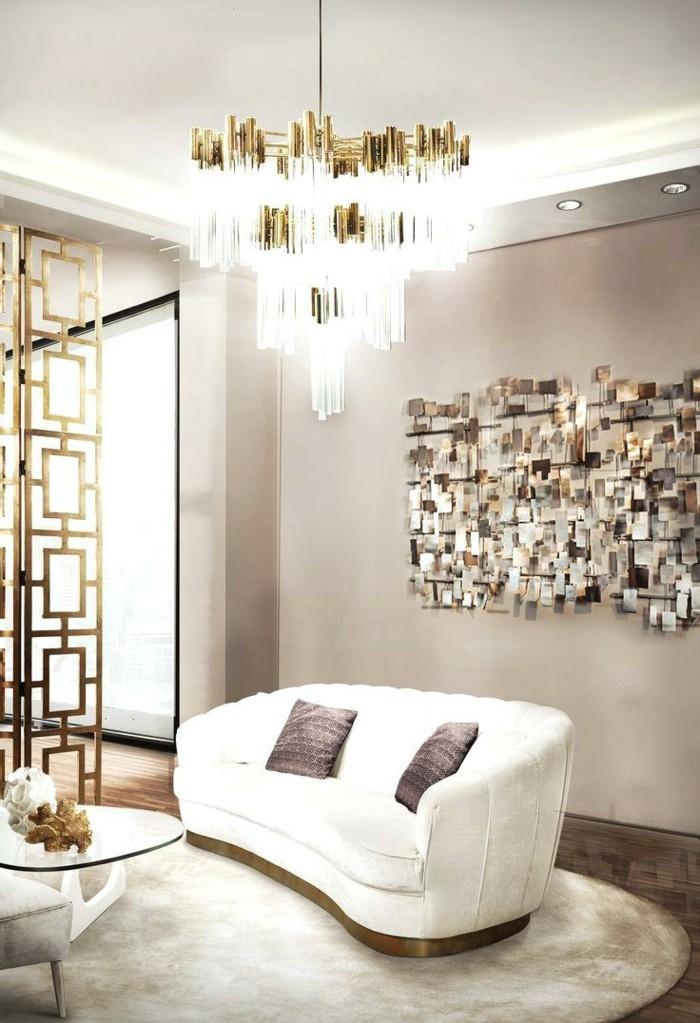 kronleuchter modern luxuriöses wohnzimmer weißes sofa