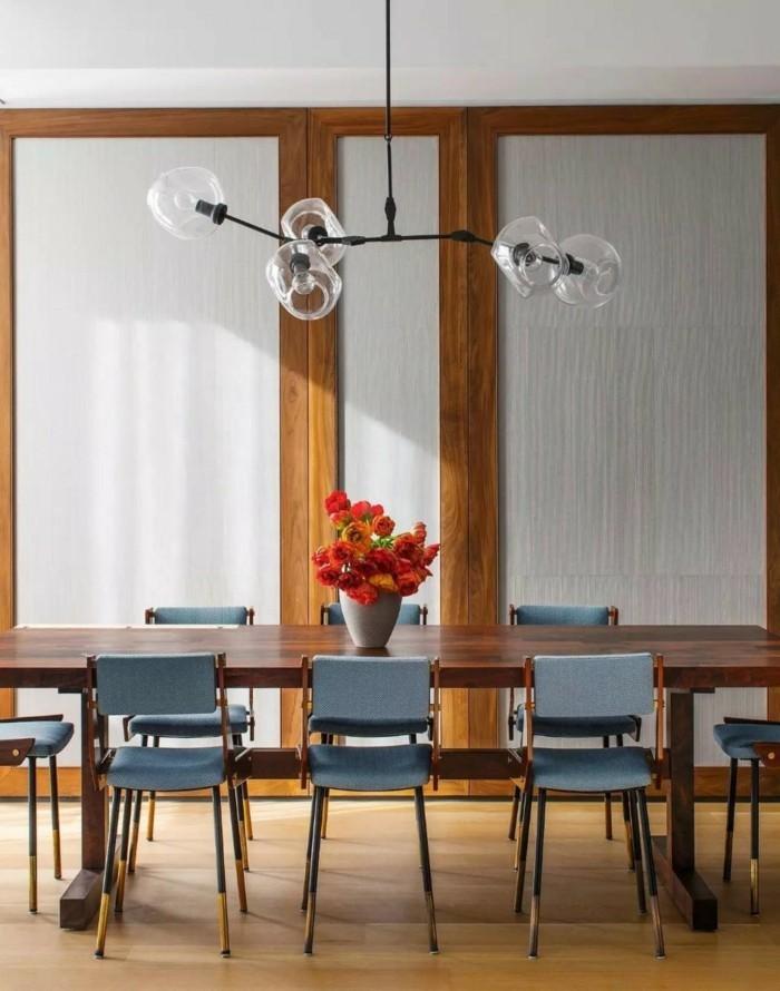 kronleuchter modern retro stil esszimmer beleuchten hölzerner boden