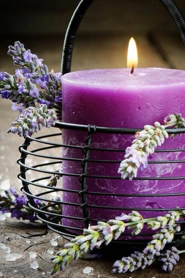 lavender pantone farbe 2018 ultra violet stumpenkerze