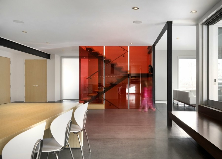 minimalistisch wohnen minimalistischer essbereich großer esstisch geräumig