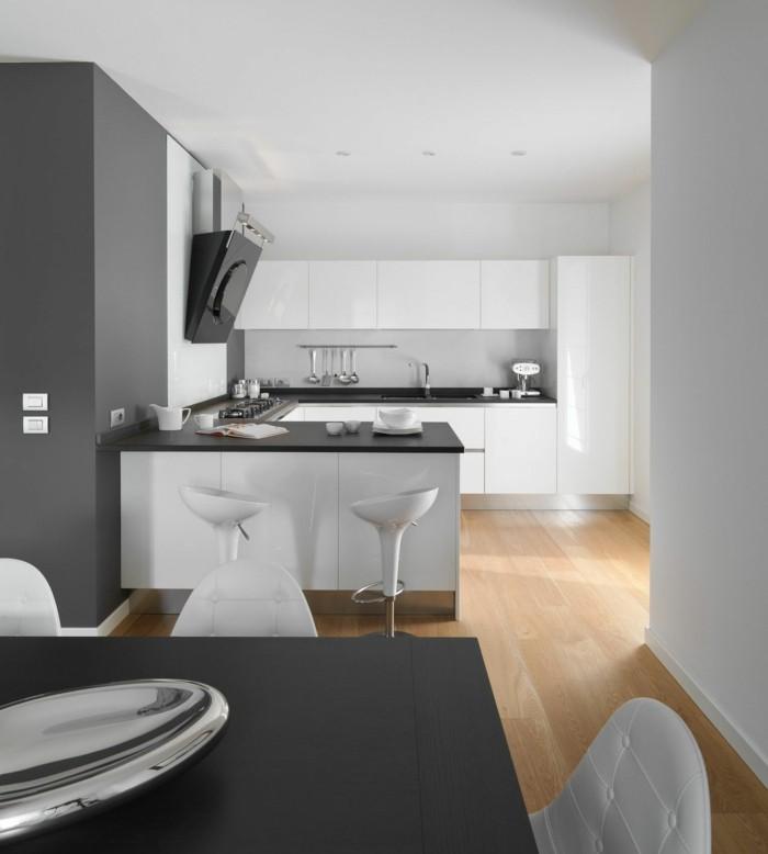minimalistisch wohnen moderne küche schöner essbereich