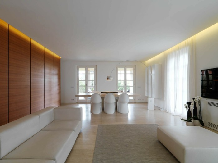 minimalistisch wohnen weißes wohnzimmer moderne beleuchtung schwarze akzente