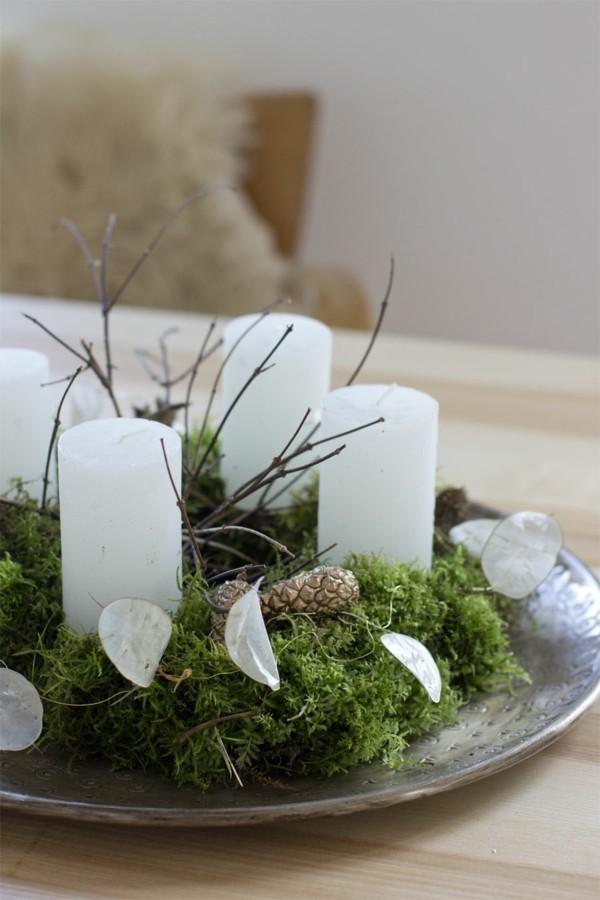 natürlichen adventskraz selber machen moos zapfen