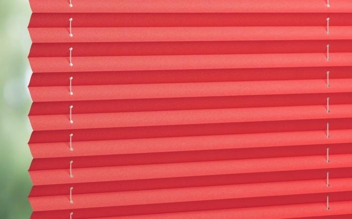 plissees frische lösung für die fenster rotes design