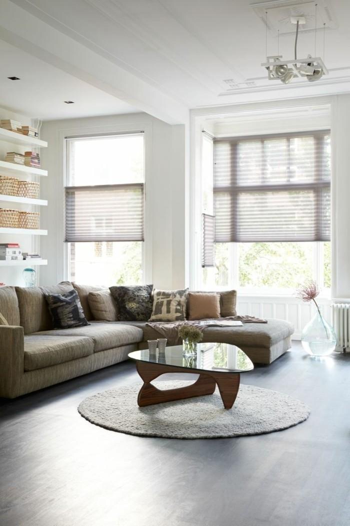 plissees wohnzimmer gestalten runder teppich ecksofa neutrale farben