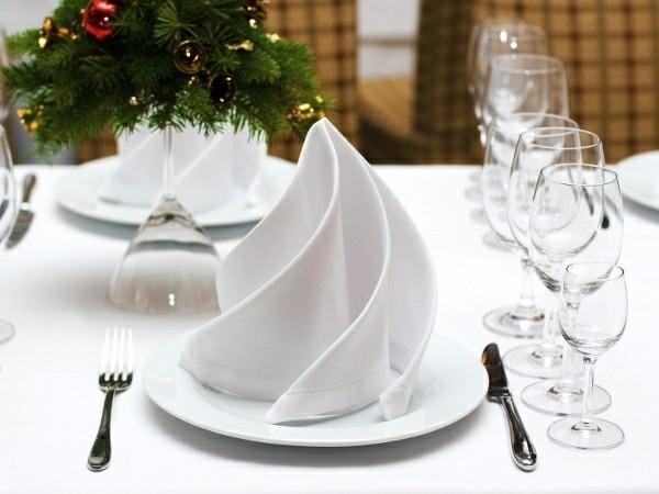 schlichte servietten falttechnik luxus