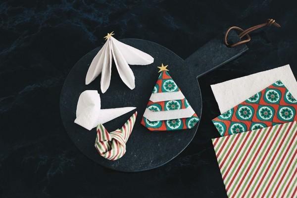 serviettenfalttechbnik weihnachten idee