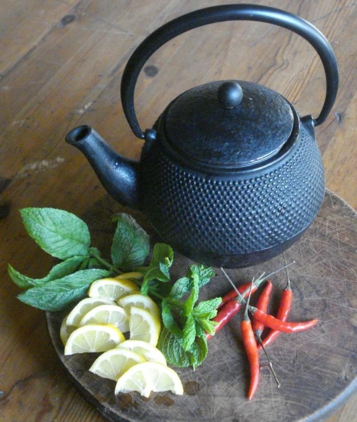 staendiges frieren gewuerze scharfe schoten melisse tee