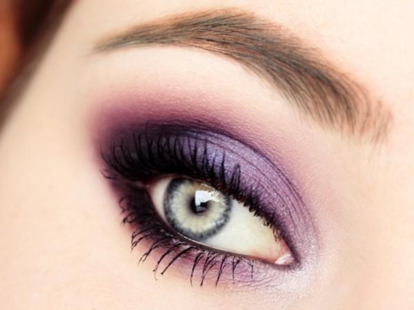 ultra violet augen make up pantone farbe des jahres