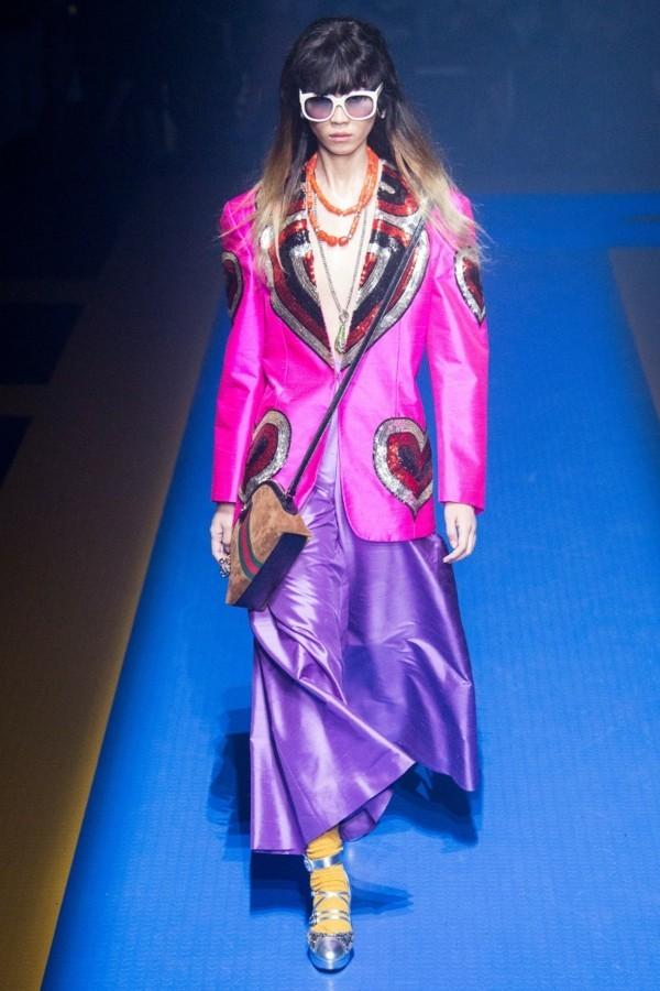 ultra violet pantone farbe des jahres gucci frühling kollektion