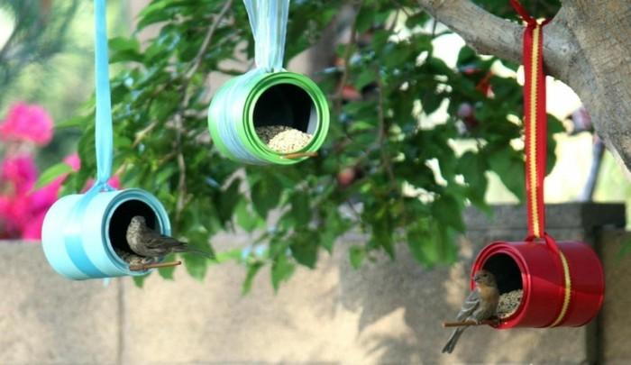 vogelfutterhaus selber bauen basteln mit blechdosen