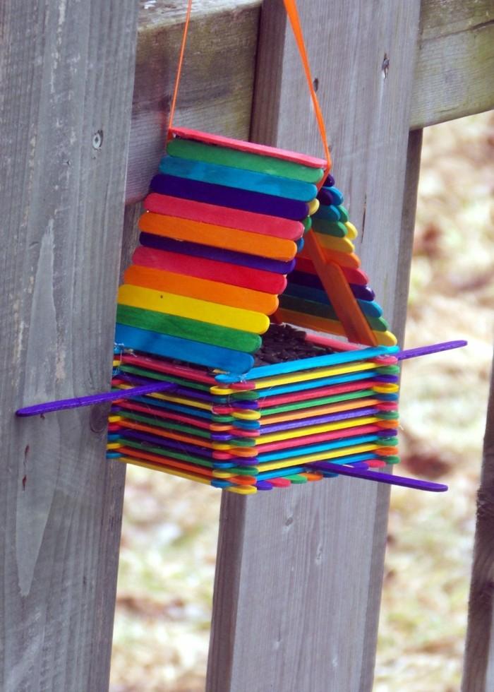 vogelfutterhaus selber bauen buntes haus