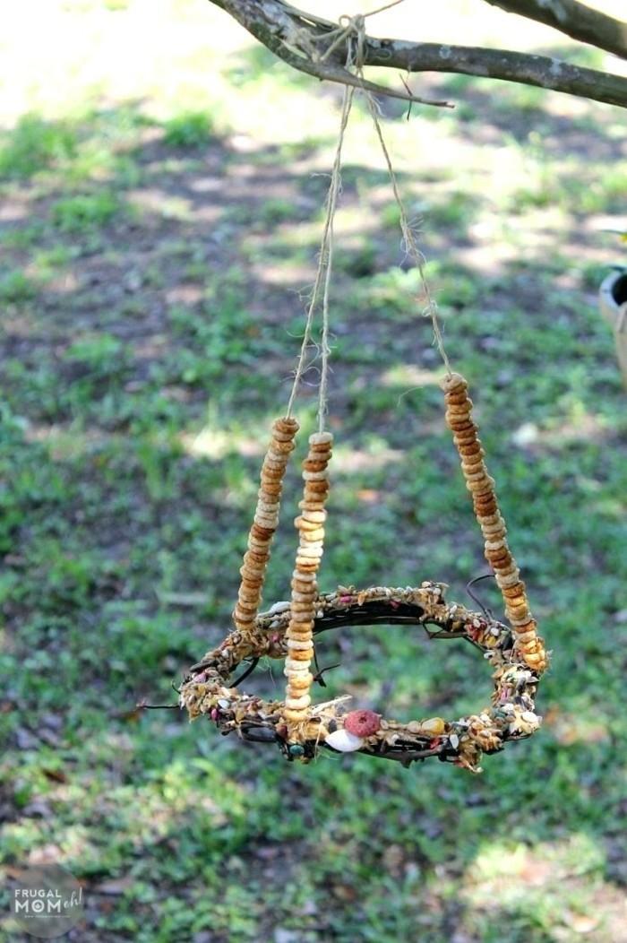vogelfutterhaus selber bauen pendel