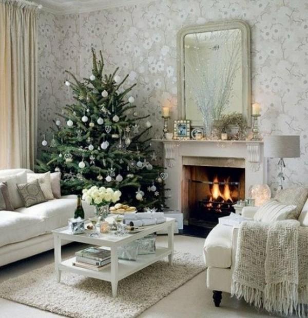 weißer weihnachtskamin weihnachtsdeko spiegel