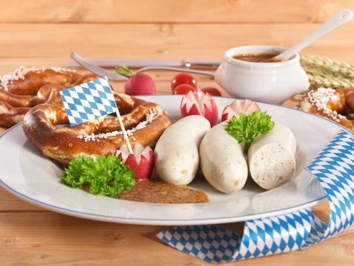 weißwurstsalat bayerische kueche tafel