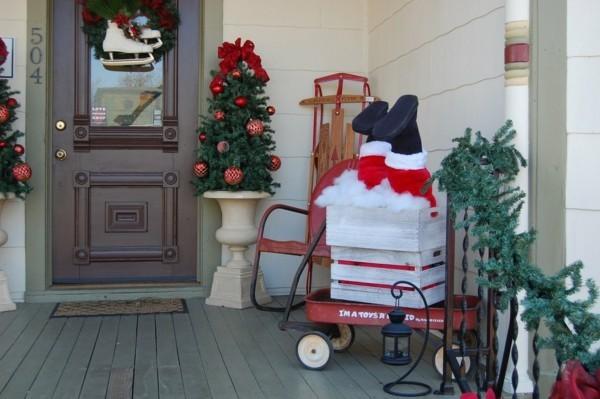 weihnachtsdeko hauseingang lustige dekoideen weihnachtsmann
