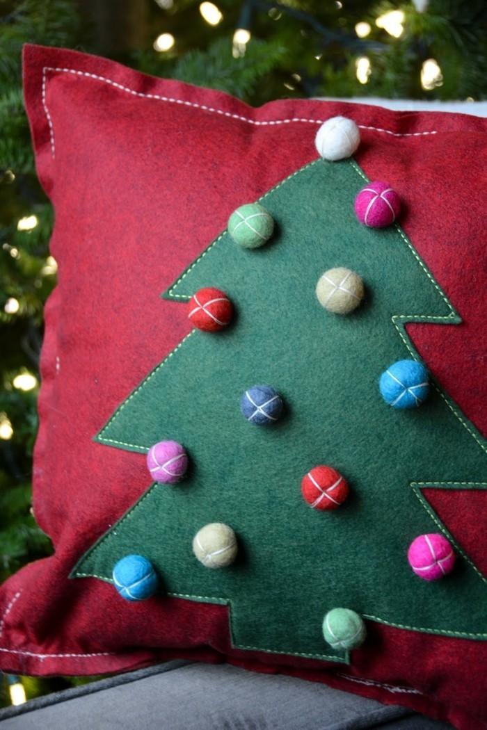 weihnachtsdeko nähen dekokissen rot weiß tannenbaum