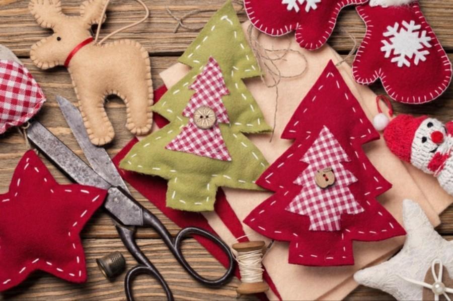 weihnachtsdeko nähen verschiedene weihnachtsmotive aus filz