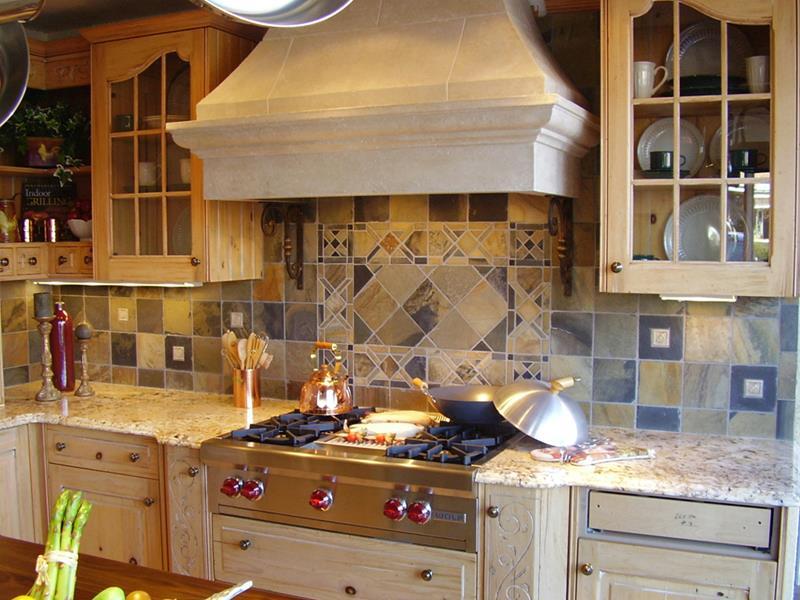 Bunte Fliesen Küchenrückwand optische Dynamik