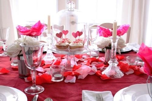 DIY Valentinstag romantische Tischdeko Tischdeko Valentinstag Rot Rosa