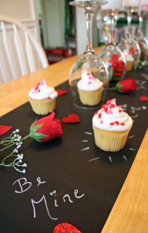 DIY Valentinstag romantische Tischdeko Tischdeko Valentinstag