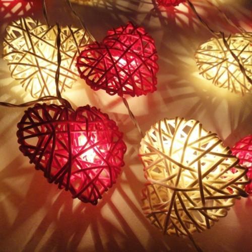 Lichtgestaltung Valentinstag Ideen