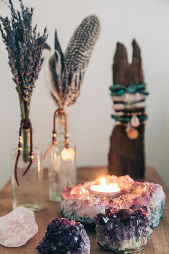 amethyst wirkung und mehr ber die bedeutung der edelsteine. Black Bedroom Furniture Sets. Home Design Ideas