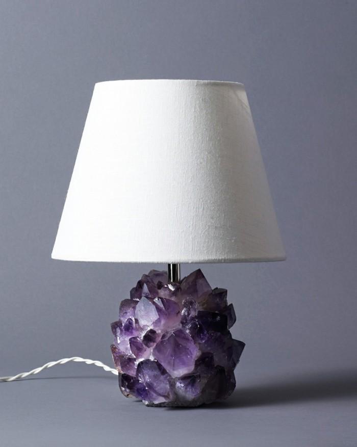 amethyst wirkung edelsteine bedeutung nachttischlampe