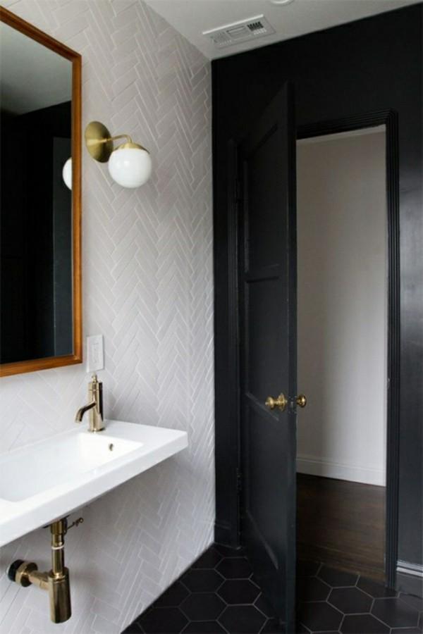 badezimmer einrichtung schwarze wand und tür