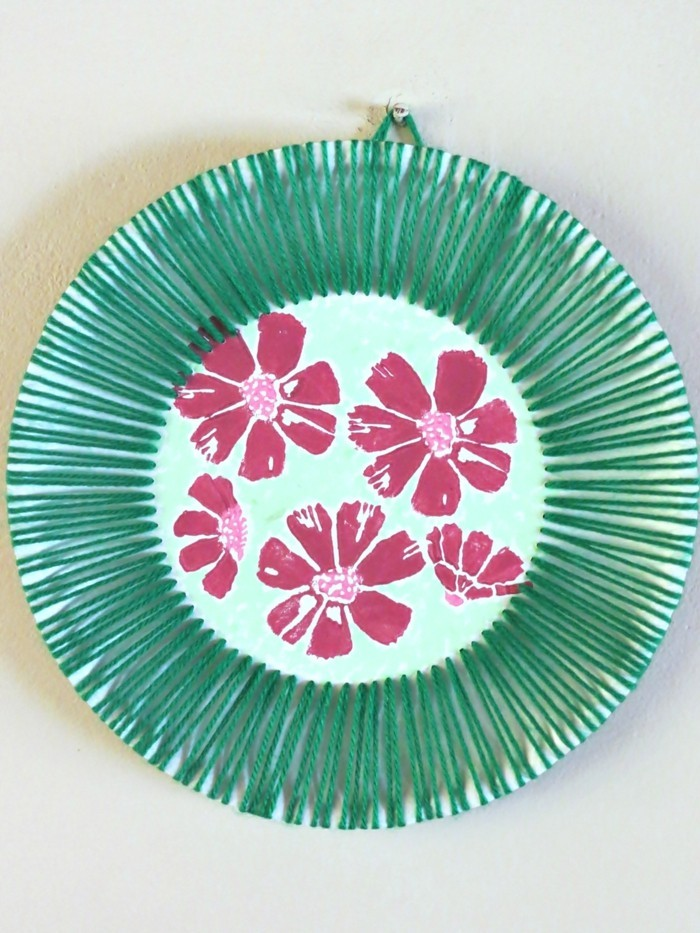basteln mit papptellern wunderschöne wanddeko basteln hawai
