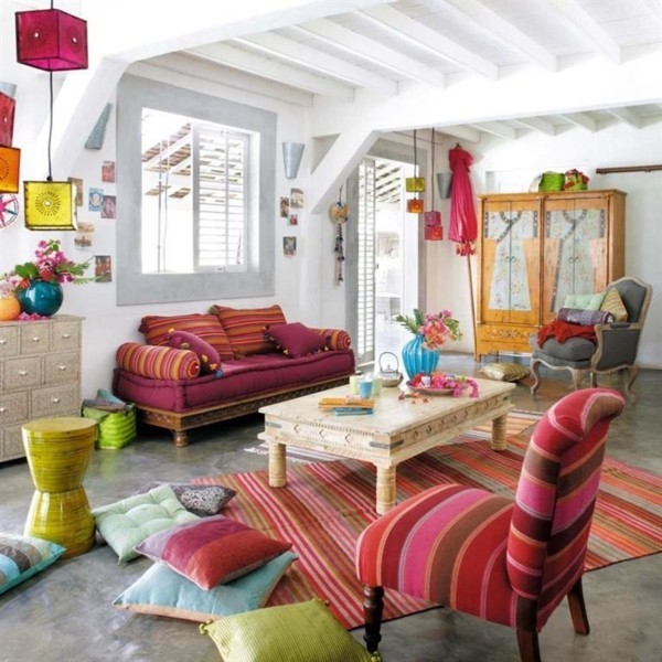 boho style wohnzimmer streifen bommel dekokissen ideen