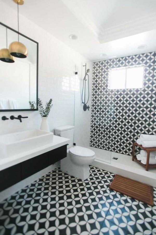 dunkle kacheln badezimmer einrichtung