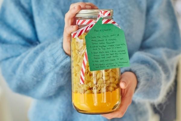 einmachglas mit nudeln geschenke aus der küche