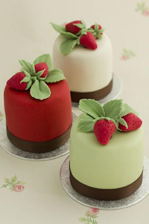 erdbeeren und sahne mini torten