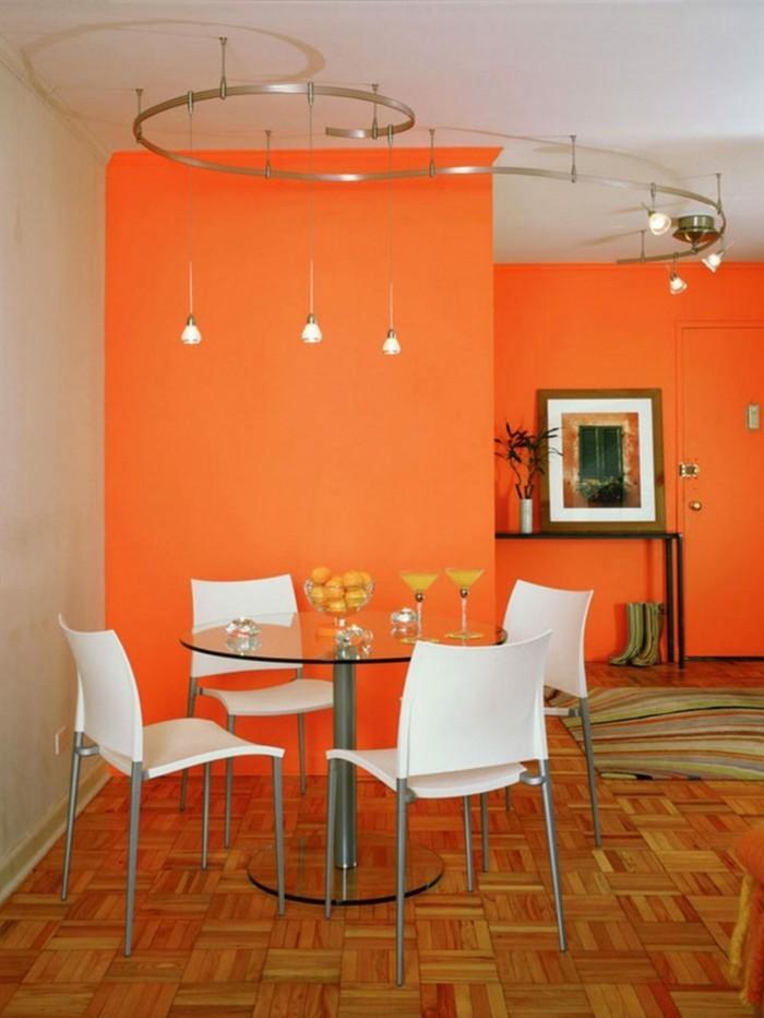 farbgestaltung tangerine trandfarbe mit weiss