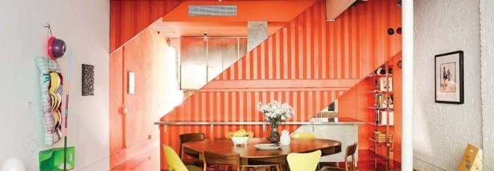 farbgestaltung tangerine trandfarbe orange badezimmer ideen diagonal