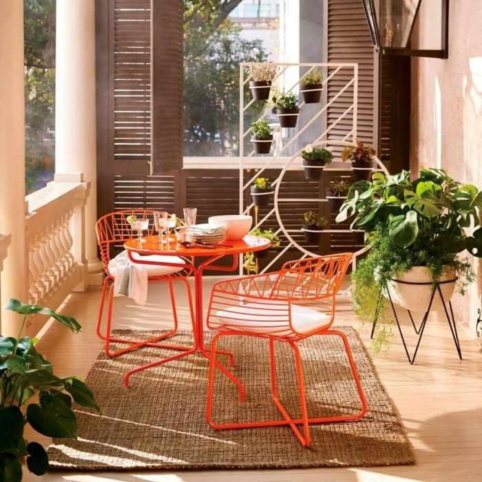 farbgestaltung tangerine trandfarbe stuele esszimmer