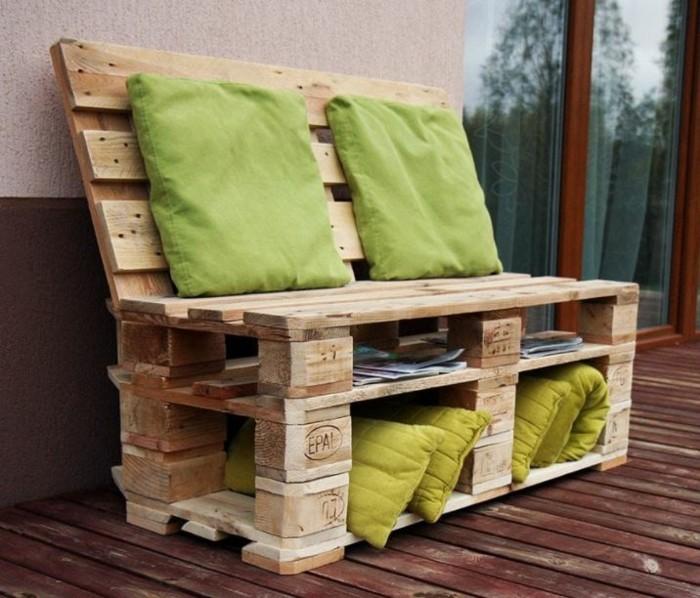 gartenmoebel aus paletten kleines sofa