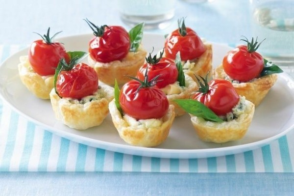 gorgonzolla cherry tomaten basilikum party fingerfood