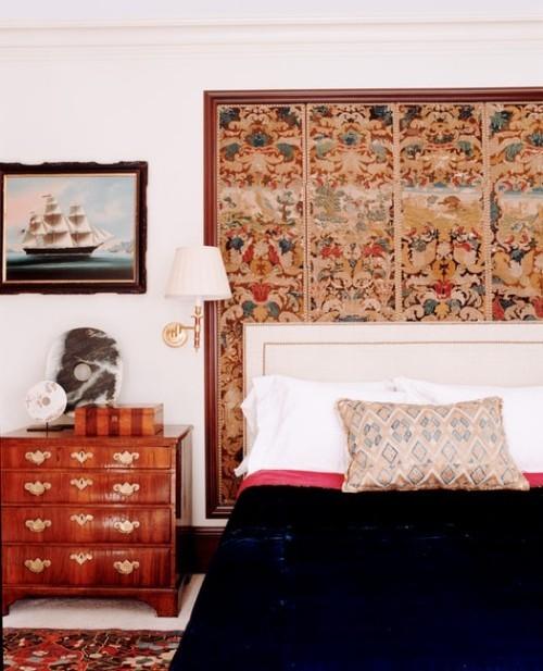 ideen schlafzimmer eklektisch alte kommode schöne wanddeko
