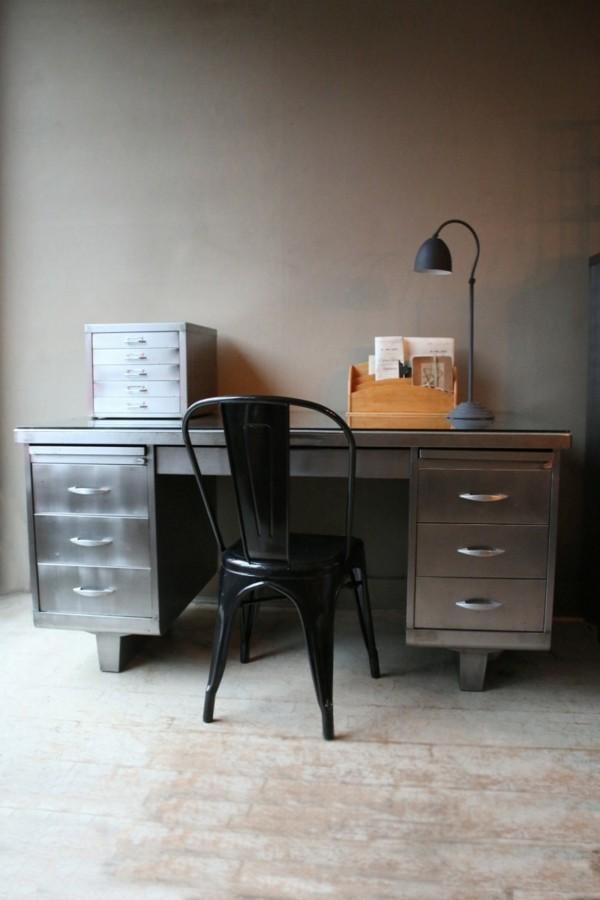 industriestuhl schwarzer stuhl arbeitsbüro