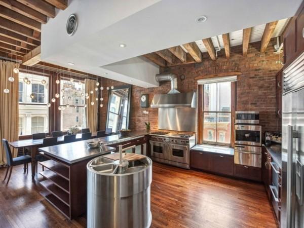 küchen ideen industrieller stil metalloberflächen holzbalken