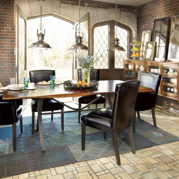 küchen ideen lederstühle stilvoller teppich industrielle lampen