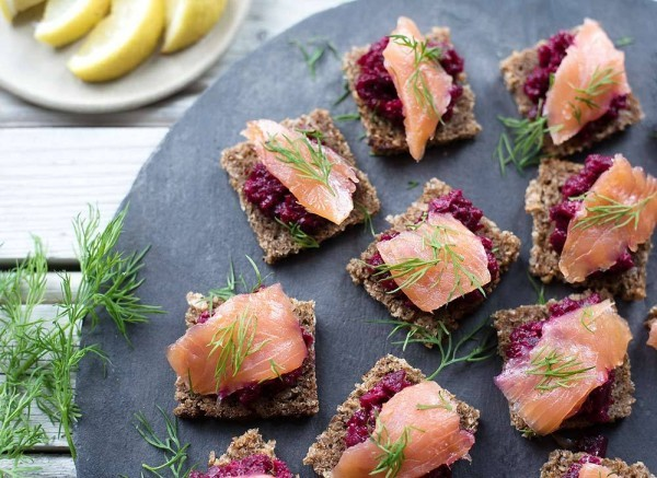 lachs dill rote beete party fingerfood ideen