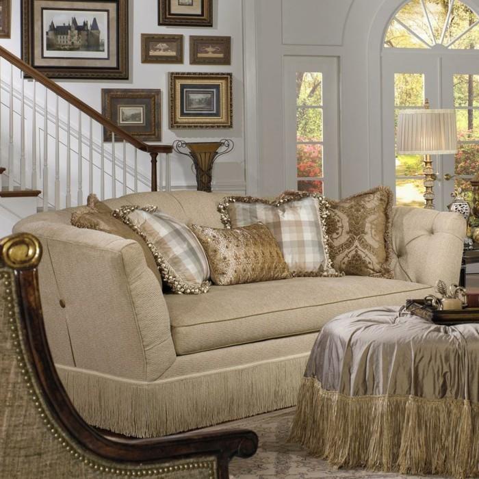 luxus wohnzimmer einrichten fransen sofa ottomane