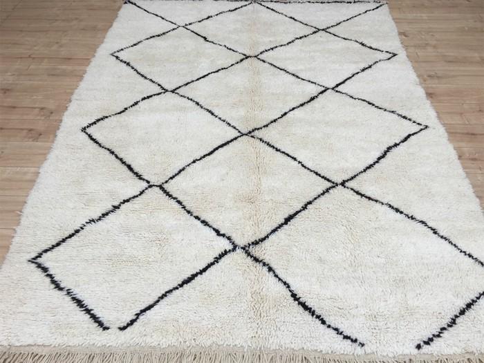 marokkanische teppiche beni ourain weiß schwarzes diamantenmuster