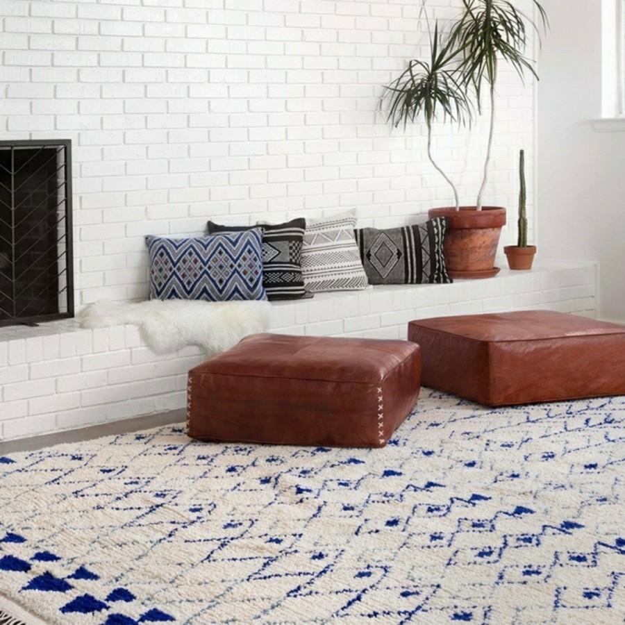 marokkanische teppiche schönes muster braune ledermöbel